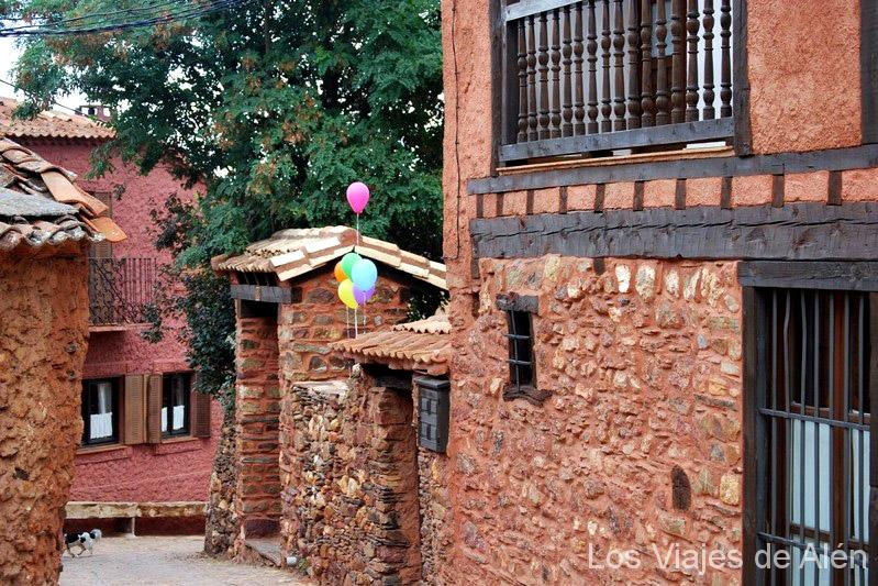 Madriguera (pueblo rojo de Segovia)