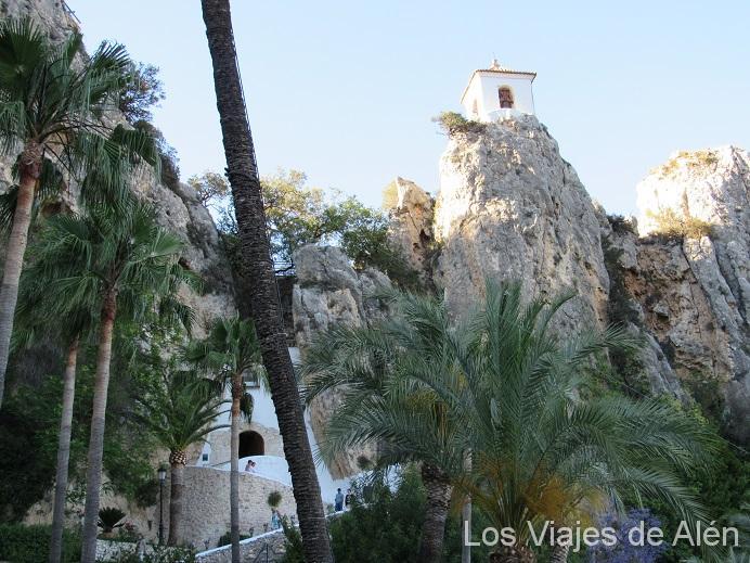 entrada a Castell de Gudalest