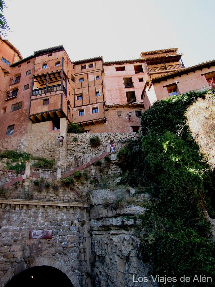 Escalera de subida a Albarracín