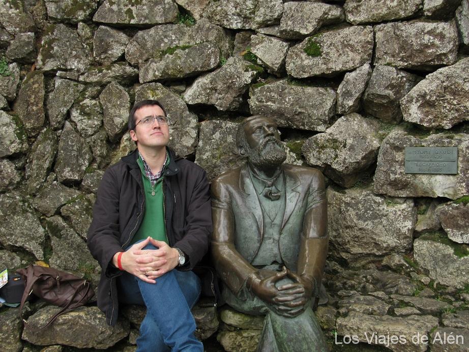 Con Gaudí en el capricho de Comillas. losviajesdealen