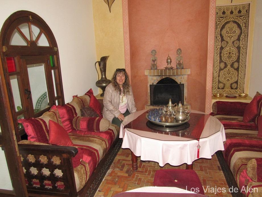 Salón Para Desayunar En Nuestro Alojamiento Dar Manara, Asilah