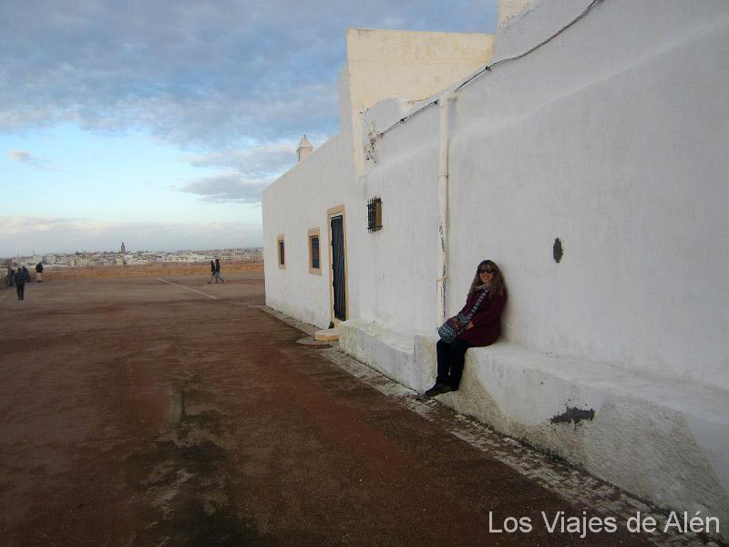 Nadya En La Explanada De Rabat Ph