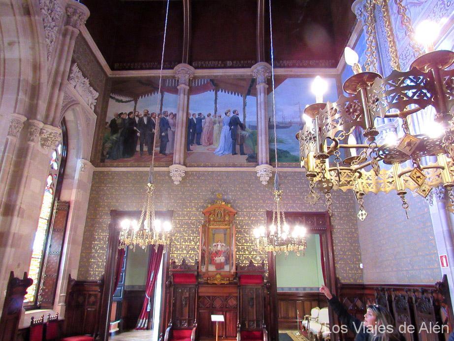 Salón Principal Del Palacio De Sobrellano En Comillas