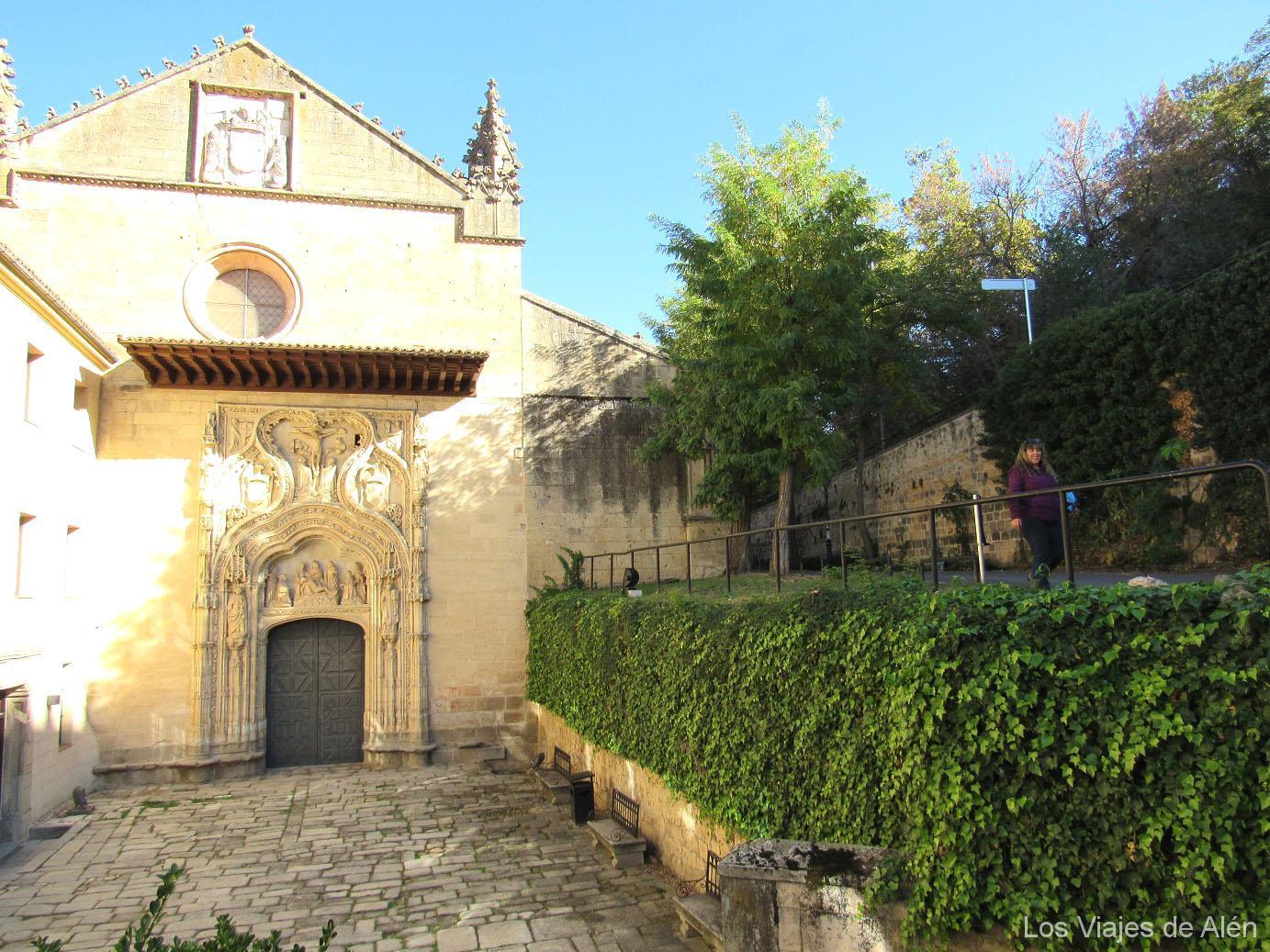 fachada principal Monasterio Santa Cruz la Real