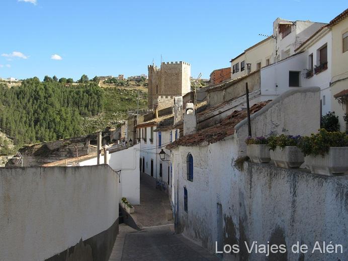 Esta Calle Tenia Pinta De Llevarnos Al Castillo