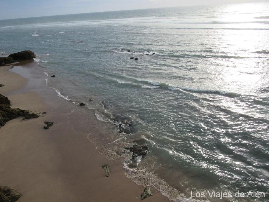 El Océano desde el mirador de Asilah al atardecer