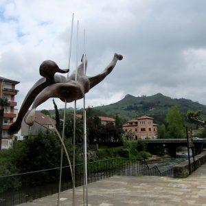 """Escultura Moderna De """"El Hombre Pez"""""""