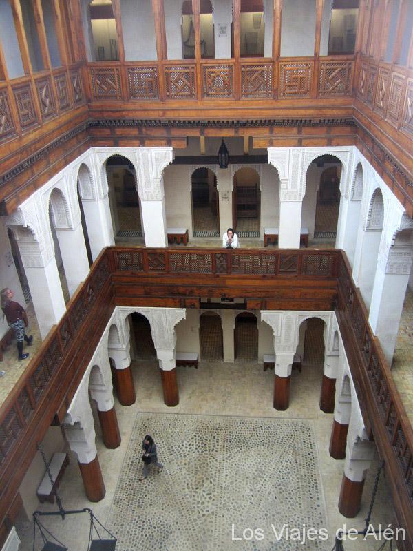 Interior del museo Nejjarine en Fez
